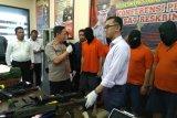 Polrestro Jakarta Selatan tangkap putra Ayu Azhari tekait jual-beli senpi