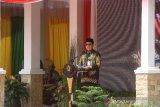 Gubernur Kalsel Sahbirin Noor memberikan sambutan pada acara puncak hari jadi ke-60 Kabupaten Barito Kuala di halaman kantor Bupati Batola, Kabupaten Barito Kuala, Kalimantan Selatan, Rabu (8/1/2020). Foto Antaranews Kalsel/Bayu Pratama S.