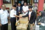 40 pelaku usaha di Solok Selatan memperoleh bantuan peralatan kerja