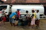 Bantuan air bersih untuk korban banjir