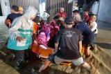 Banjir bandang di Brebes mulai surut, 100 korban mengungsi