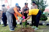 Warga Sukamara diajak menanam pohon untuk menuai kebaikan