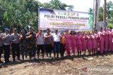 Polres Sangihe laksanakan penghijauan di lokasi bencana banjir