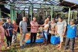 Dinas Sosial Pulang Pisau serahkan bantuan korban kebakaran