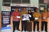 ACT beri santunan guru honorer di Gunung Kidul