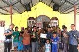 PLN bantu korban puting beliung di Desa Oebelo