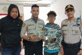 Polisi  tangkap pelajar asal Sorong bawa ganja