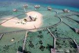 Foto udara obyek wisata Pulo Cinta Ecoresort di Botumoito, Kabupaten Boalemo. (Foto ANTARA/Adiwinata)