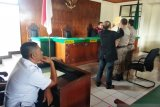 Menjual dan mengolah tuak di Payakumbuh, dua orang dikurung dan denda