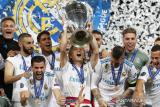 Real Madrid juara Piala Super Spanyol menang adu penalti