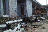 Fasilitas kawasan wisata hiu paus di Bone Bolango rusak diterjang ombak