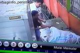 Memalukan, aksi buang sampah sembarangan terekam CCTV