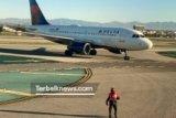 17 anak di Los Angeles dievakuasi akibat tumpahan bahan bakar dari pesawat