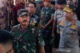 Panglima TNI Hadi Tjahjanto apresiasi aparat militer bebaskan WNI yang disandera