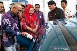 Masyarakat didorong beralih ke kendaraan listrik