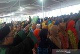 Bupati Temanggung  lantik ratusan pejabat di pondok pesantren