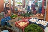 Harga bawang merah capai Rp38.000 per kilogram di pasar Raya Padang
