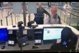 Polisi ungkap orang yang bantu Carlos Ghosn kabur