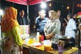 Wisata kuliner alun-alun Istana Kuning akan ditambah ruang edukasi