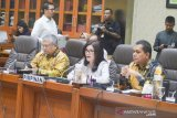 Anggota Komisi IX DPR ancam hentikan rapat bersama Menkes dan Dirut BPJS Kesehatan