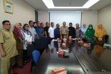 Bapemperda DPRD Riau konsultasikan Ranperda Pesantren ke Kemendagri