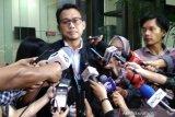 KPK konfirmasi advokat PDIP Donny Tri  terkait aliran uang ke Wahyu Setiawan