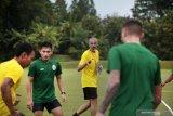 Kiper PSS Sleman sedih ditinggal pelatih Eduardo Perez