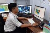 BMKG Majene imbau nelayan waspada gelombang tinggi di perairan selat Makassar