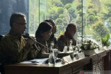 Tanggapi wacana pembubaran, Ketua OJK: Kami telah bekerja profesional