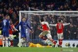 Arsenal berhasil imbangi Chelsea meski dengan 10 pemain