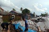 Empat desa di Ende diterjang gelombang pasang
