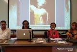 Fotografer Yan Palapa abadikan maestro seni Arini dalam buku foto