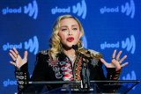 Alasan Madonna batalkan konsernya