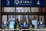 Otoritas China kembali buka layanan penerbangan di luar Provinsi Hubei