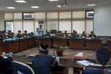 Tokoh adat Sijunjung adukan nasib ke DPRD Sumbar terkait persoalan tanah adat