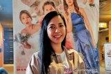 Yeslin Wang berharap pekerjaannya lancar pada tahun Tikus Logam
