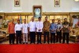 Gubernur Sulsel rekrut Roem dan Ariady untuk TGUPP bidang politik