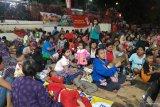 Pembagian angpau sempat ricuh di Wihara Dharma Bhakti Jakarta Barat