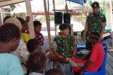 TNI gelar pelayanan kesehatan warga Kampung Kaye Kabupaten Asmat