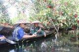 Kota Banjarmasin kembangkan wisata susur sungai pakai sampan bermesin