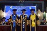 Udinus  tambah dua guru besar teknologi informasi dan ekonomi manajemeen