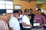 Bantuan Baznas Pasaman Barat kepada karyawan PT Inkud Agritama Kinali menuai pro dan kontra