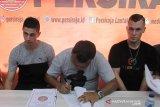Dua pemain asing Persiraja tanda tangani kontrak untuk satu musim