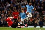 Guardiola ragukan Raheem Sterling bisa diturunkan