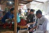 Harga cabai di Solo meroket, lombok layu pun diburu pembeli