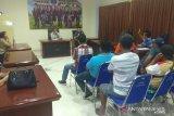 Buruh sampah mengeluh kepada komisi III DPRD Manado