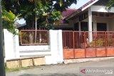 Rumah pribadi Bupati Solok Selatan di Padang sepi setelah resmi ditahan KPK
