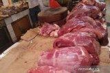 Bulog Baubau menjual daging kerbau beku Rp80. 000 per kg