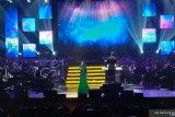 Rossa dan Afgan lelang lagu di konser