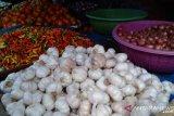Harga bawang putih merangkak naik akibat cuaca ekstrem